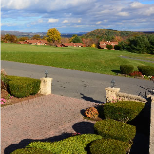 a photo of hideaway hills golf club entrance